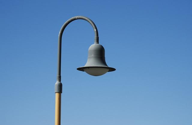 Jak obniżyć koszt oświetlenia ulicznego? Przykład z Polski!