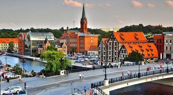 Ile na fotowoltaice oszczędzają polskie miasta?